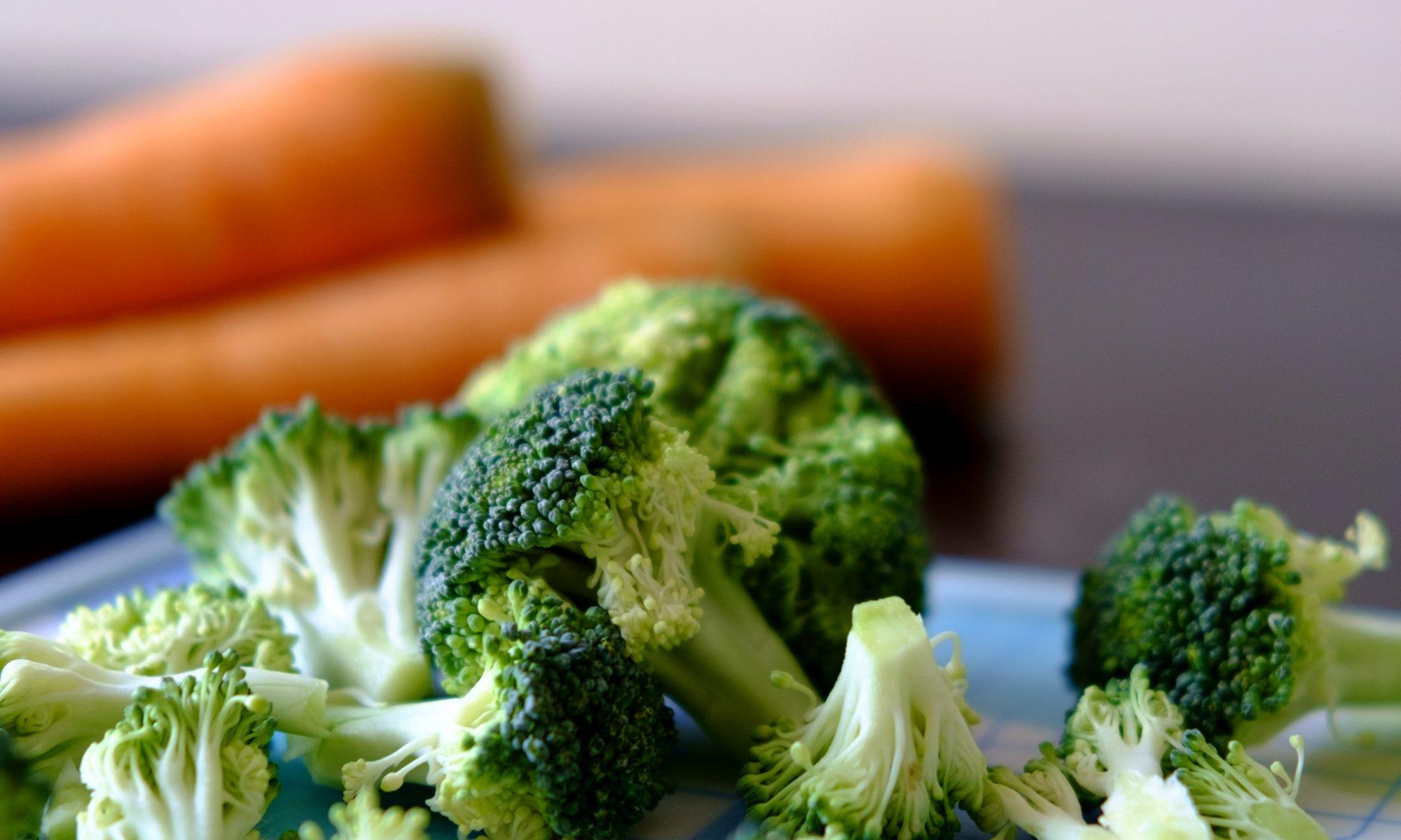 Broccolisalat er oplagt til madpakken